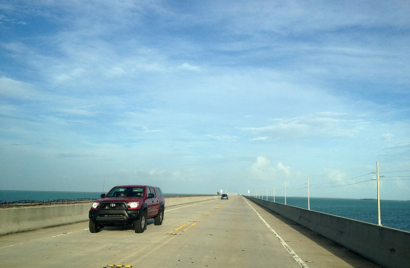 800px Florida Keys   The Overseas Highway   Seven Mile Bridge On US Route 1   Panoramio